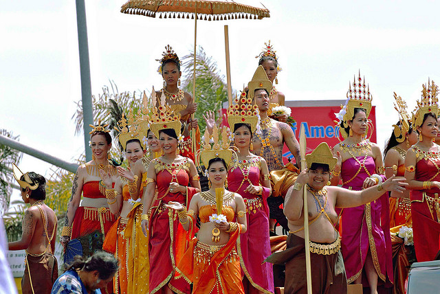 2-cambodge-parade-nouvel-an-khmer